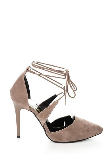 Bağcıklı İnce Topuklu Ayakkabı-Bambi
